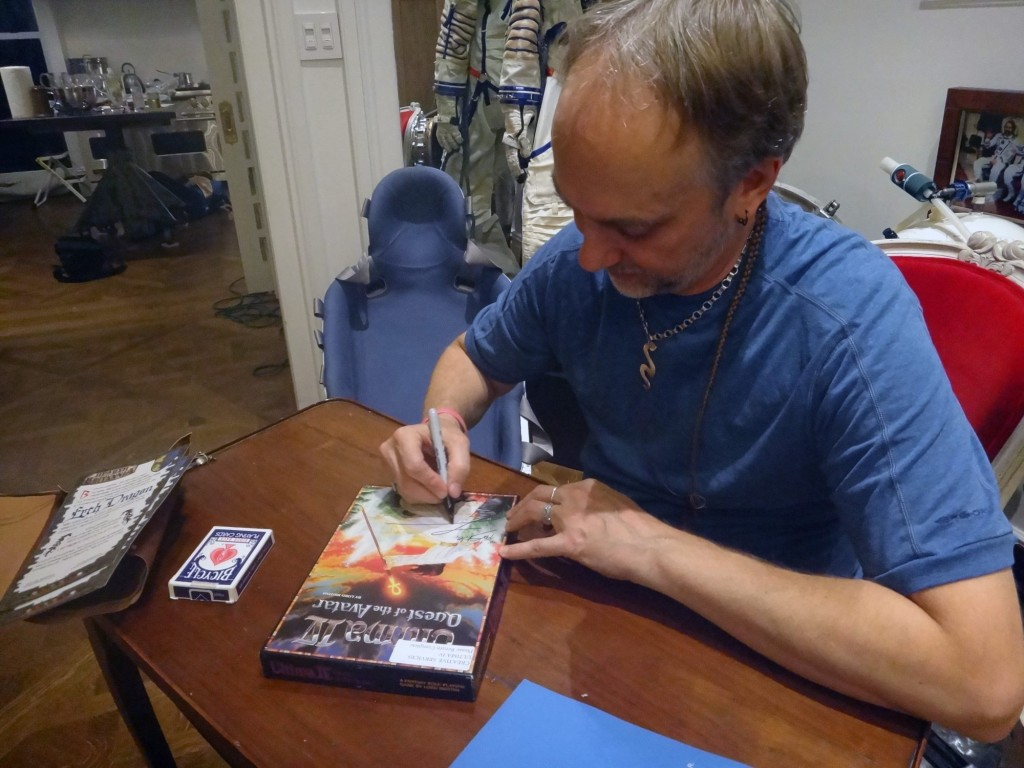 Hearth of Birtannia Grand Referal Telethon prize - Richard Garriott Signing Ultima Iv Library copy for Stile Teckel